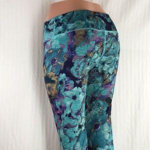 Danskin Pants - Danskin Leggings flower print ( Excellent )
